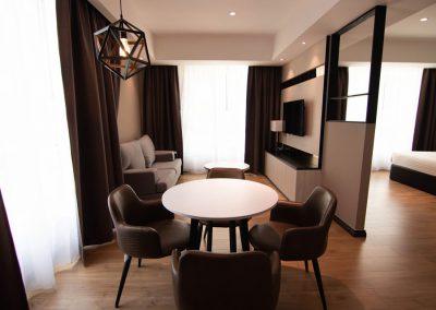 superior-suite-living